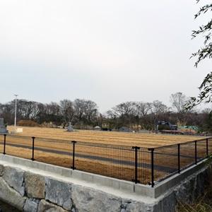 高松川部墓苑